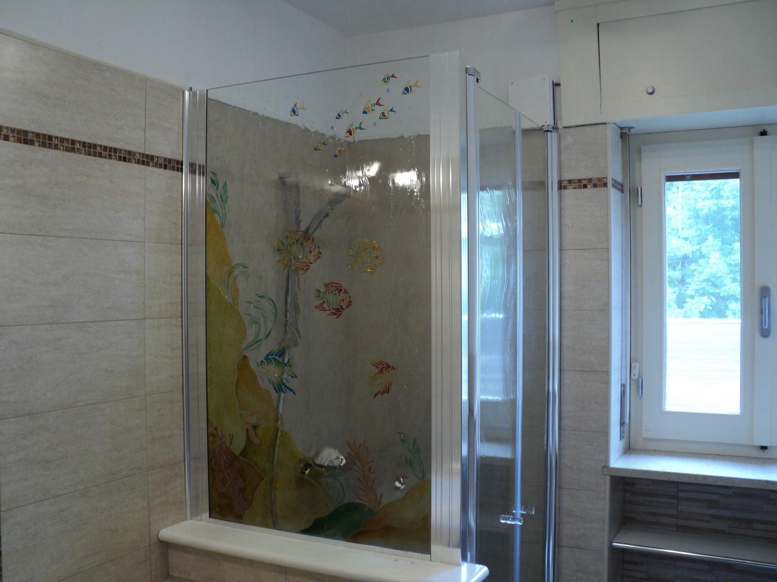 Vetreria f e l c e a vetrate specchi e cristalli novara vercelli modelli a due ante con - Siliconare box doccia interno o esterno ...